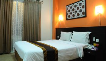 Hotel Aryuka Yogyakarta - Deluxe King Room Regular Plan
