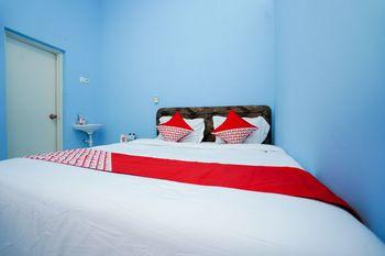 OYO 1316 Mentari Family Homestay Probolinggo - Standard Double Room Regular Plan