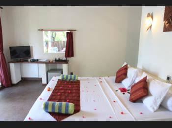 Danima Resort Gili Trawangan - Deluxe Room, Pool View