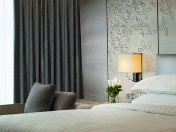 Yogyakarta Marriott Hotel Depok - Deluxe Room, 2 Double Beds, City View Regular Plan