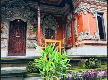 Local Family House Bali - Deluxe Room Regular Plan