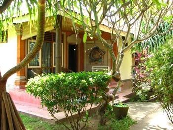Mertha Jati Hotel & Bungalow