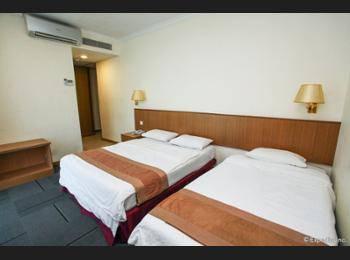 New Cape Inn Singapore - Standard Room, Multiple Beds Regular Plan