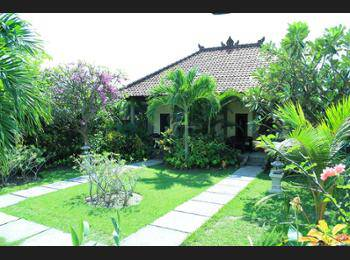Man's Cottages and Spa Bali - Deluxe Bungalow with AC Pesan lebih awal dan hemat 20%
