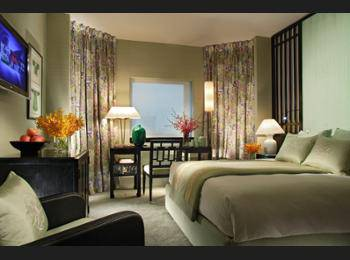 Orchard Hotel Singapore - Signature Deluxe Regular Plan