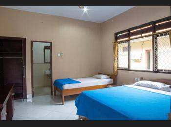 Lusa Hotel Bali - Standard Room with Fan for 3 Person Hemat 50%