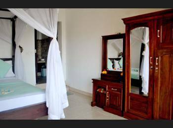 Titi Sedana Homestay Bali - Kamar Double Superior Regular Plan