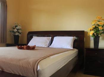 Mekar Jaya Bungalows Bali - Superior With AC Room Breakfast Min 3Night Stay