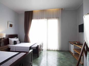 Casa De Apple Bandung - Twin Room With Terrace Regular Plan