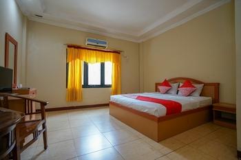 OYO 1273 Hotel Belvena Palembang - Suite Double Regular Plan
