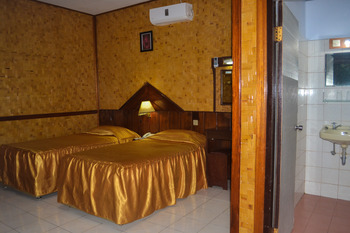 Hotel Indra Toraja - Deluxe Twin Bed Regular Plan