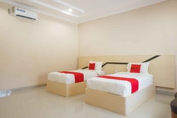 RedDoorz @ Hotel Copacobana Bengkulu Bengkulu - RedDoorz Twin Room Basic Deal