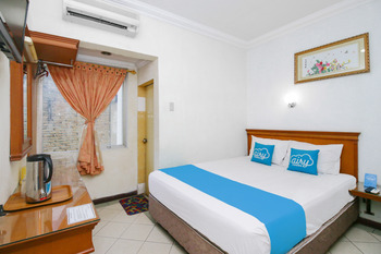 Airy Medan Petisah Gajah Mada 53 Medan - Standard Double Room with Breakfast Special Promo July 42