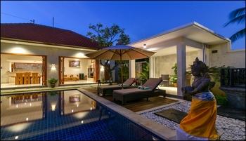 Villa Banyu Rinis