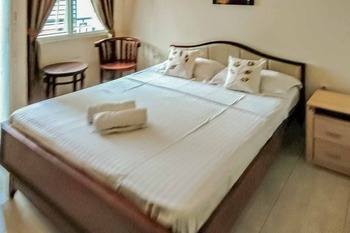 Elani Residence Kenari Syariah Jakarta - Standard Double Room Only Basic Deals
