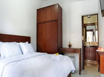 Puri Jayaraja Guest House Bali - Deluxe Room Only Promo 60% discount - NON Refundable!!
