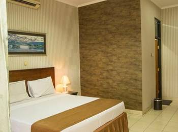 The Posters Hotel MICE Bandung - Deluxe Room With Breakfast Regular Plan