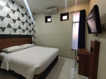 OYO 3756 Pilatus Hotel Bandung Bandung - Standard Double Room Early Bird Deal