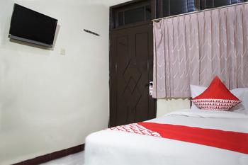 OYO 181 Wisma Bintang Jakarta - Standard Double Pegi Pegi special promotion