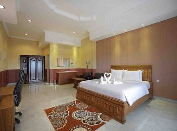 Imelda Hotel Padang - Executive Room Regular Plan
