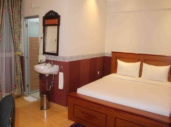 Imelda Hotel Padang - Superior Room Regular Plan