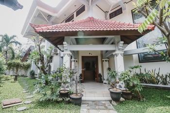 RedDoorz near Gelora Delta Sidoarjo