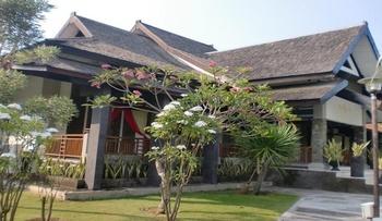 Paiton Resort Hotel 2