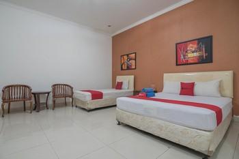 RedDoorz @ Buah Batu 4 Bandung - RedDoorz Family Room Regular Plan