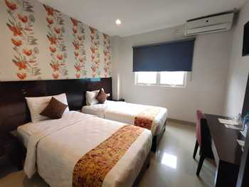Jelita Bandara Hotel Banjarbaru - Superior Room Regular Plan