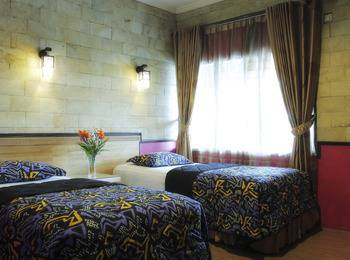 Hotel Duta Berlian Bogor - Superior Room Leisure
