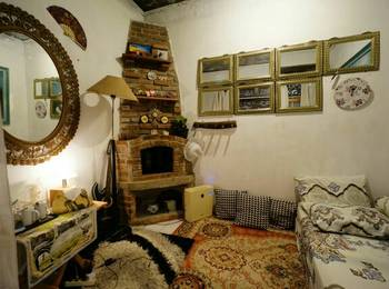 Imah Seuri Syariah Bandung - Uhuy Room Regular Plan