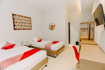 OYO 1188 Alam Indah Lestari Hotel Banyuwangi - Deluxe Twin Room Promotion