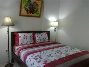 Hasanah Buring Guest House Malang - Standard Room Regular Plan