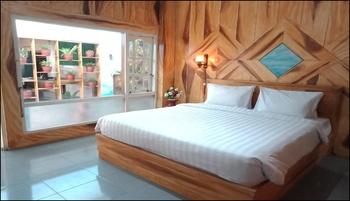 Ayodhya Garden Hostel Yogyakarta by HOM Yogyakarta - Executive Luxury Room  with Kitchen Set 20%Dis-Pre-Opening For Room and City Tour Tranport