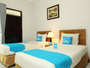 Airy Karang Setra Sindang Sirna Dua 363 Bandung - Deluxe Twin Room Only Regular Plan