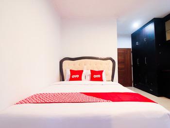 OYO 1905 Davonsa  Homestay Pekanbaru - Standard Double Room Regular Plan