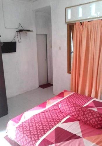 Kenangan Guest House Sabang - Kamar AC + TV Regular Plan