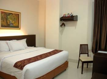 Palace Inn Medan - Deluxe Room Breakfast Regular Plan