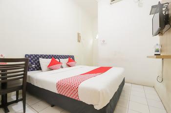 OYO 1111 Passer Baroe Inn Near RS Siloam Pasar Baru