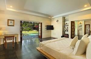 ALINDRA Villa Bali - Grand Royal Villa 2 Kamar Kolam March Sale