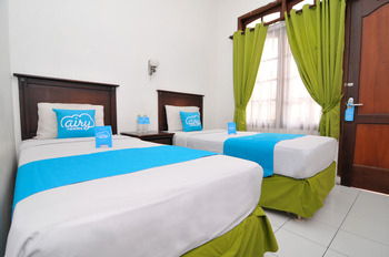 Airy Malioboro Sosrowijayan GT Satu 195 Yogyakarta - Superior Twin Room with Breakfast Regular Plan