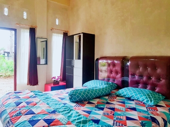 Friva Homestay Bukittinggi - Cozy Room Only Regular Plan