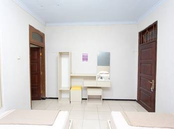 Villa Panderman Indah Malang - Twin Room Breakfast Regular Plan