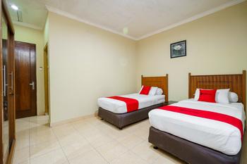RedDoorz @ Jalan lintas Sumatera Lahat Lahat - RedDoorz Deluxe Twin Room Basic Deal