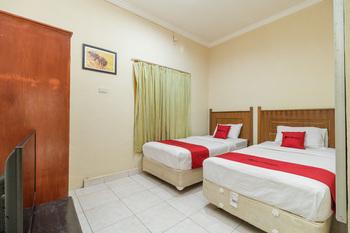 RedDoorz @ Jalan lintas Sumatera Lahat Lahat - RedDoorz Twin Room Basic Deal