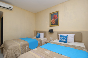 Airy Korumba Malik Raya 22V Kendari - Standard Twin Room Only Regular Plan