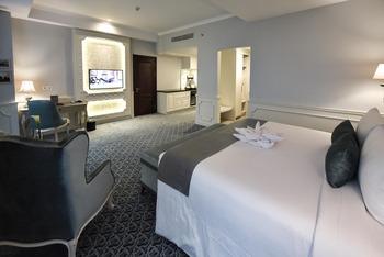 Grand Keisha Yogyakarta - Junior Suite Room Hot Deal 10%
