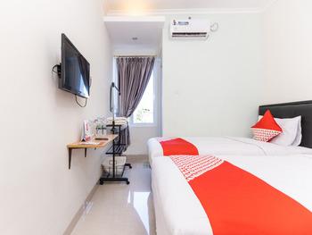 OYO 1975 Bale Ikite Makassar - Standard Twin Room Regular Plan
