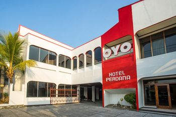 OYO 1238 Hotel Perdana Near RS Bethesda