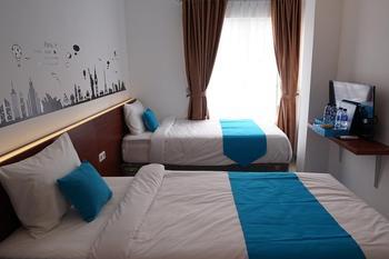 Cemerlang Inn Palembang - Superior Twin Room - 1st Floor MIN. STAY